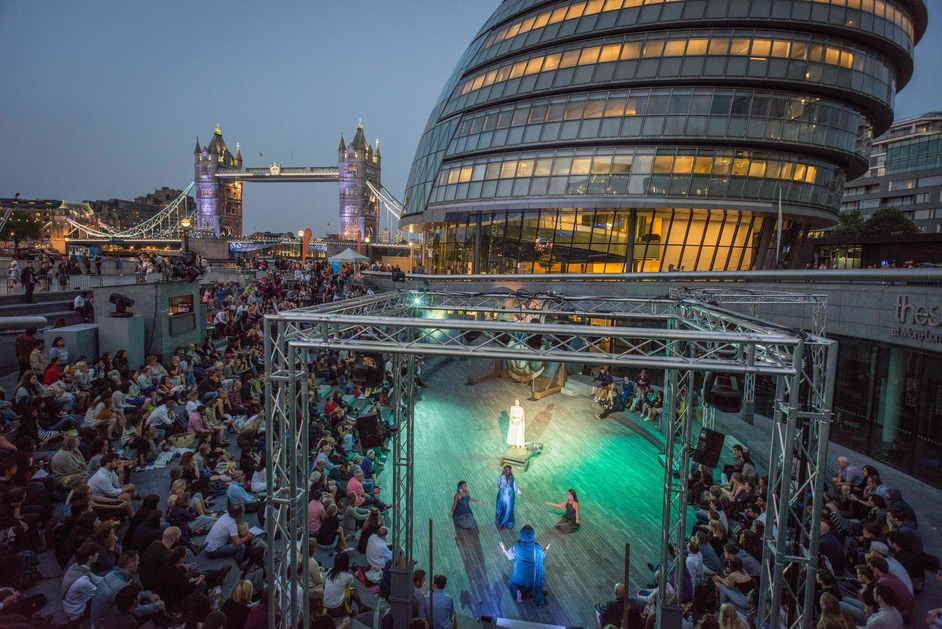 Free Open Air Theatre at The Scoop