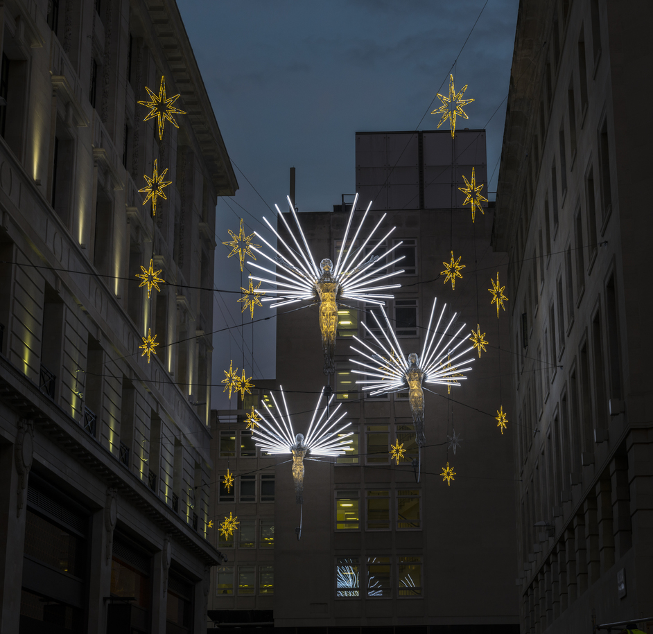 St James's Christmas Light Switch-On