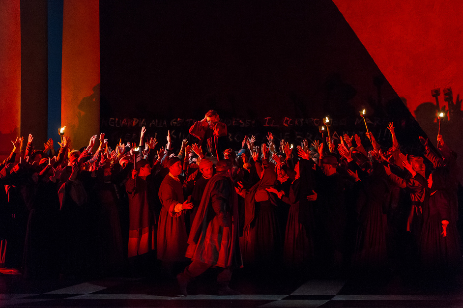 Royal Opera: Simon Boccanegra - Photo © Clive Barda/Royal Opera House
