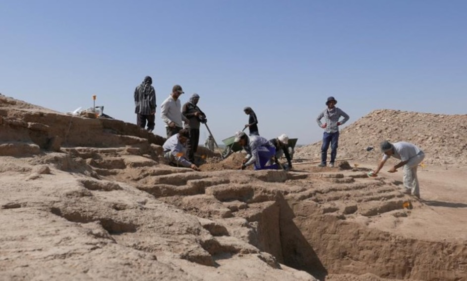 I Am Ashurbanipal: King Of The World, King Of Assyria - Iraqi archaeologists undertaking training as part of the British Museum's Iraq Emergency Heritage Management Training Scheme © The Trustees of the British Museum