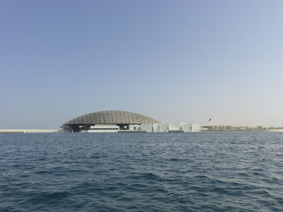 Beazley Designs Of The Year - Louvre Abu Dhabi - Architect Jean Nouvel. Photography: Roland Halbe