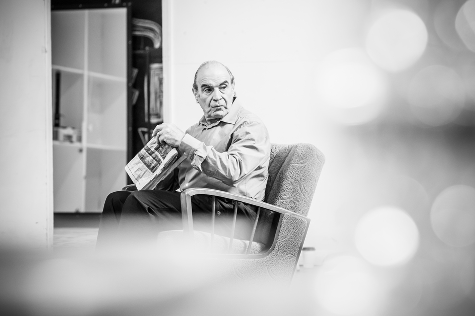 Pinter At The Pinter: The Lover / The Collection - David Suchet in rehearsal for Pinter Two, photo: Marc Brenner
