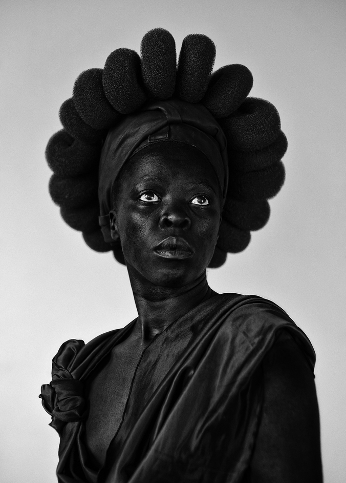 Zanele Muholi - Zanele Muholi (b.1972) Ntozakhe II, Parktown 2016 Courtesy of the Artist and Stevenson, Cape Town/Johannesburg and Yancey Richardson, New York © Zanele Muholi