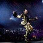 Queen & Adam Lambert hotels title=