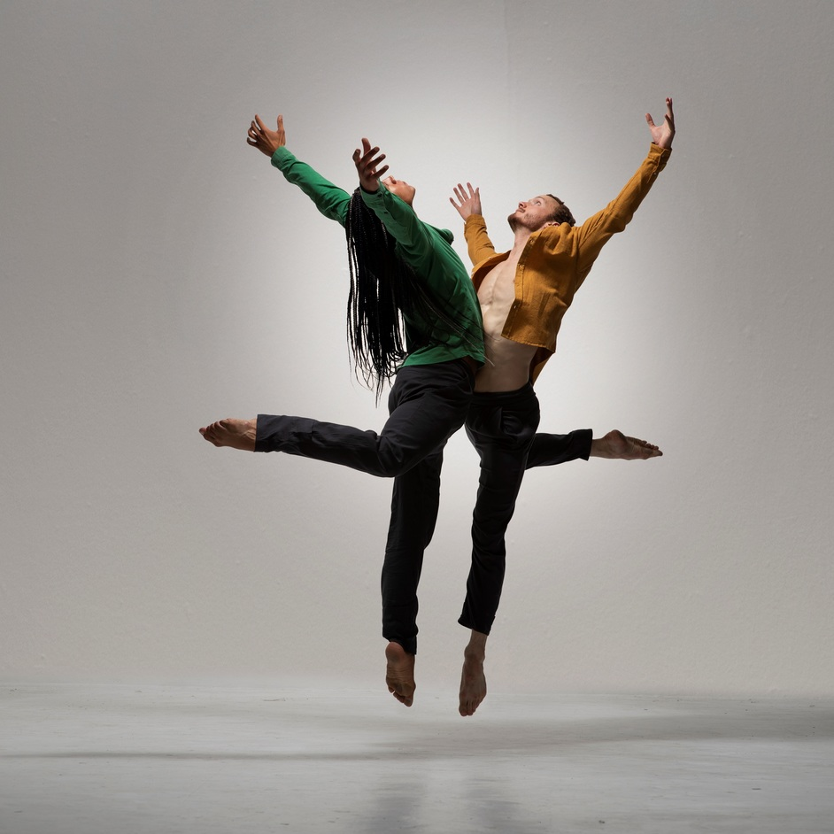 BalletBoyz: Them/Us - BalletBoyz presents Them/Us at Sadlers Wells. Photo: Hugo Glendinning