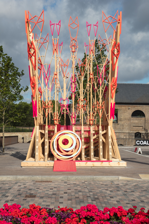Wooden Parliament - Wooden Parliament by Finsa, entrance to Coal Drops Yard, off Granary Square, King's Cross, photo: Luke Hayes