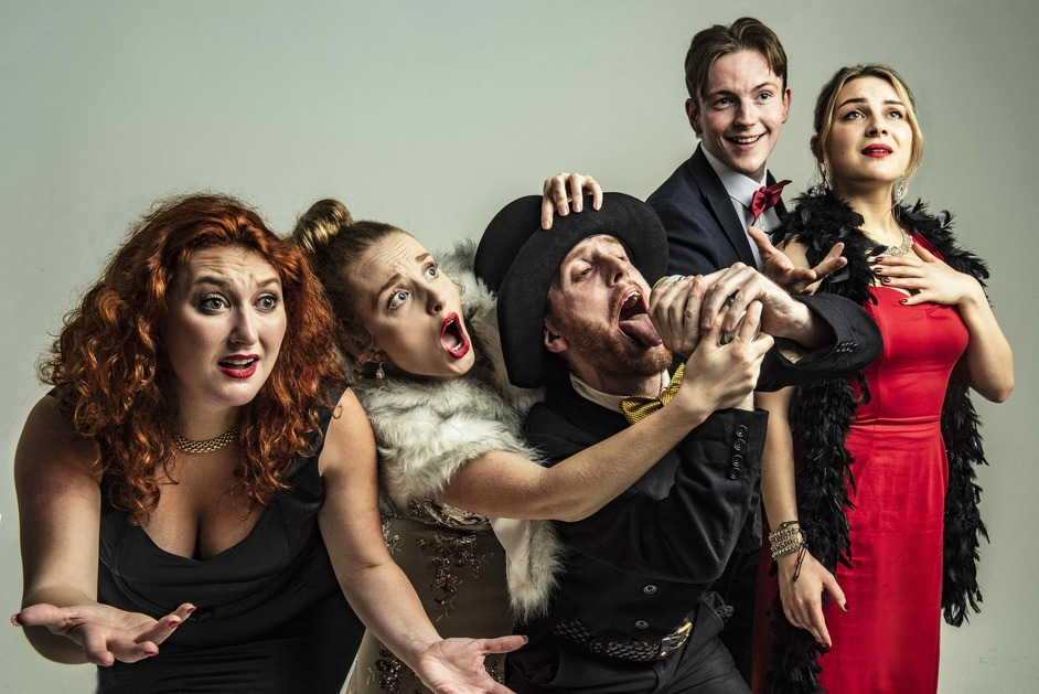 Sh!t-Face Showtime: Guys 'N' Dolls