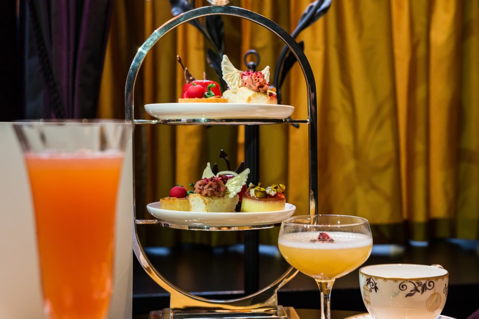 Cafe L'oscar Saint and Sinner Afternoon Tea