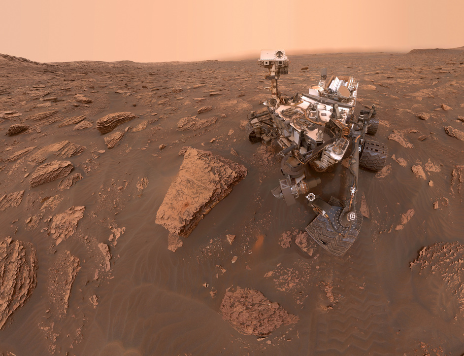 Moving to Mars - Mars by NASA, 6-1 CURIOSITY, photo: NASA JPL-Caltech, MSSS PIA22486-MAIN