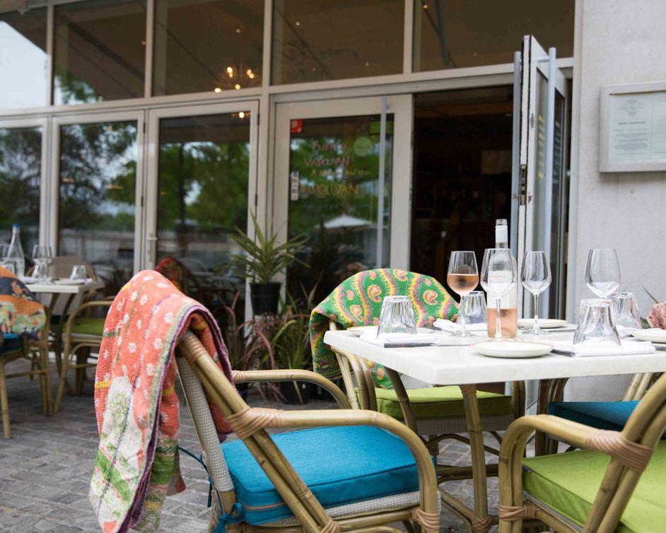 Bistro Vadouvan - Bistro Vadouvan terrace, photo: Jade Nina Sarkhel