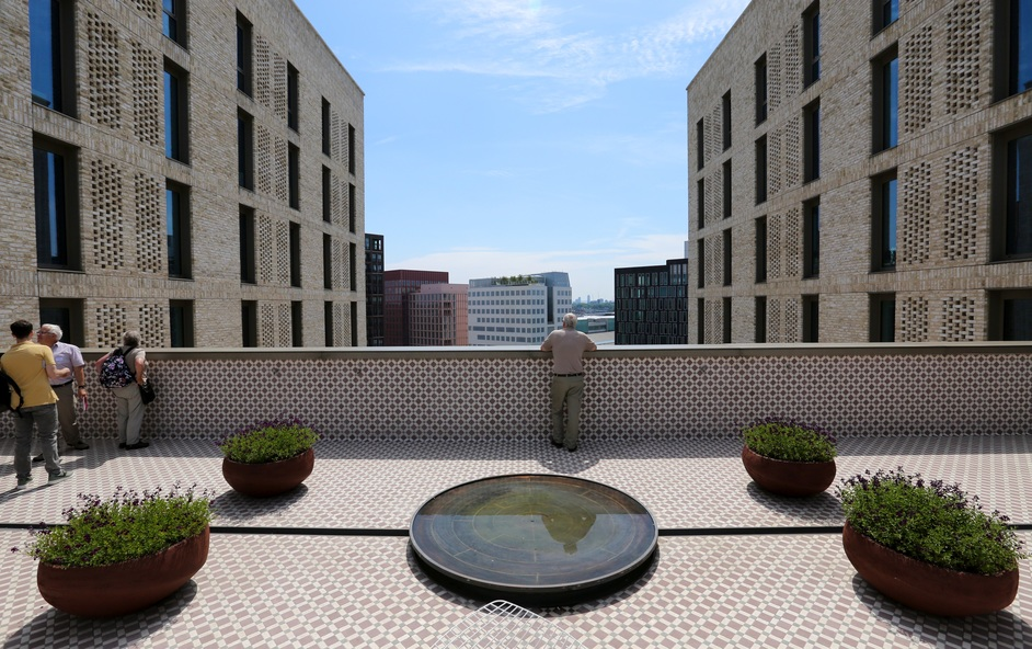 Open Garden Squares Weekend - Victoria Hall - The Institute of Ismaili Studies © Anna Barclay