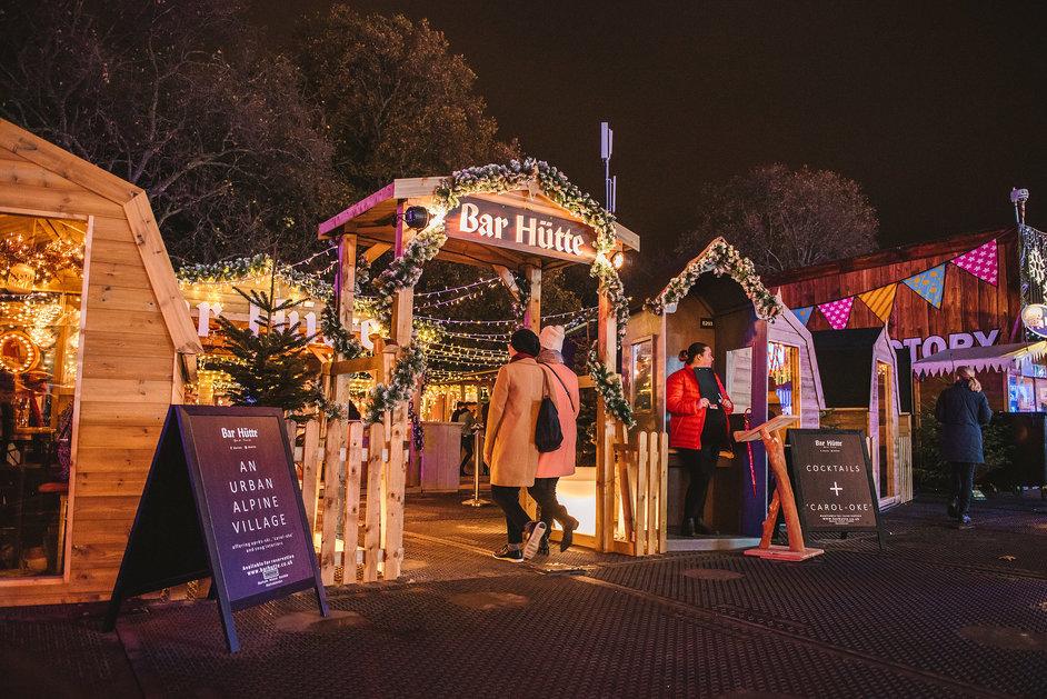Hyde Park Winter Wonderland - Bar Hutte Karaoke © IMG