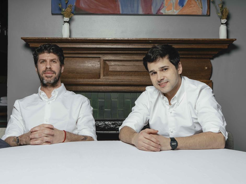 Da Terra - Paulo Airaudo and Rafael Cagali