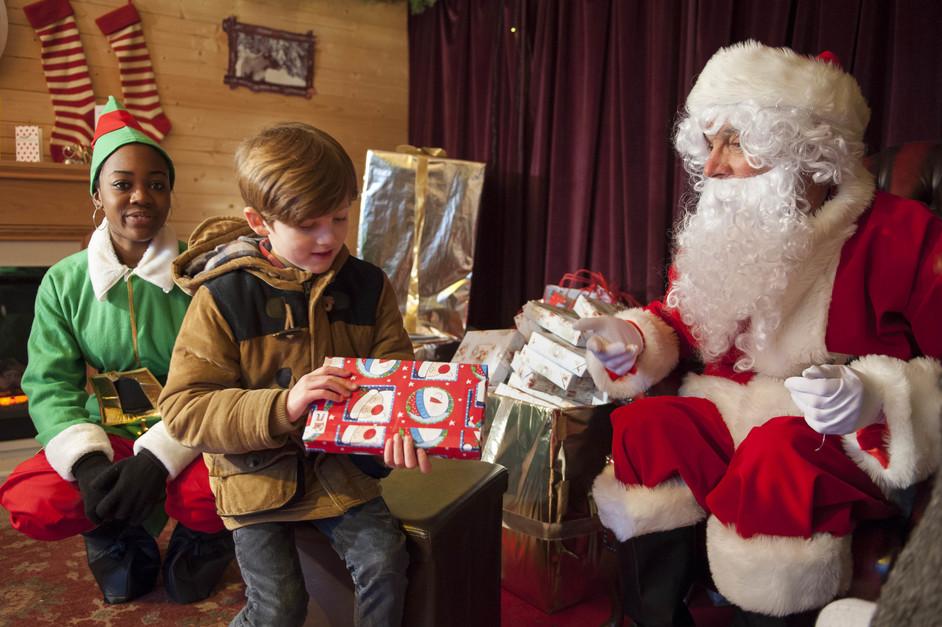Christmas at London Zoo - Meet Santa at ZSL London Zoo (c) ZSL