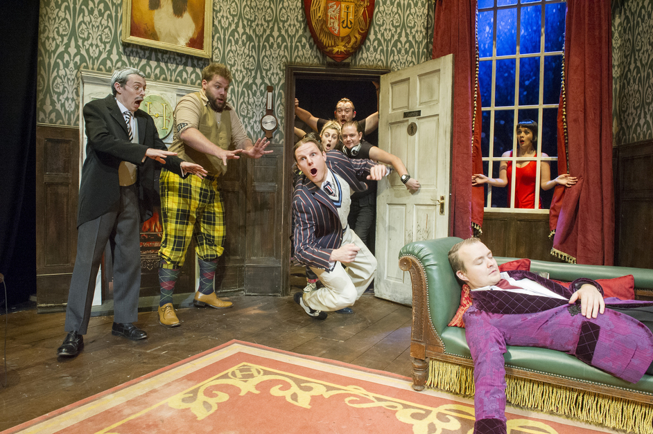 The Play That Goes Wrong - Photo: Alastair Muir