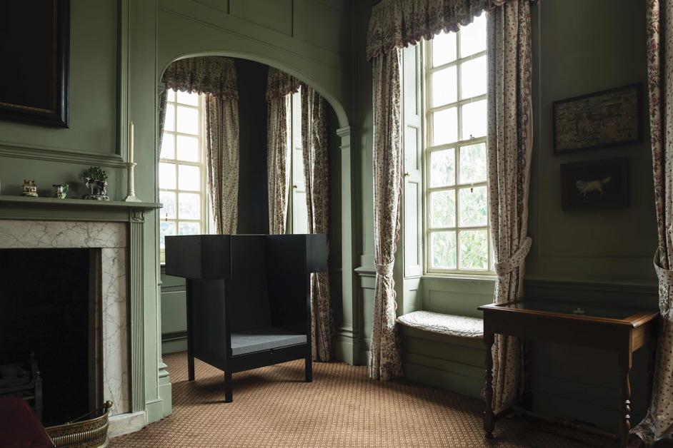 Please Sit at Fenton House - Carl Clerkin, Please Sit at Fenton House, curated by Gitta Gschwendtner, 2019. Image by Oskar Proctor