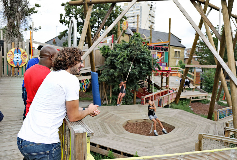 Oasis Adventure Playground - Joe Wicks, The Body Coach, visits Oasis Adventure Playground, photo: BBC Children in Need