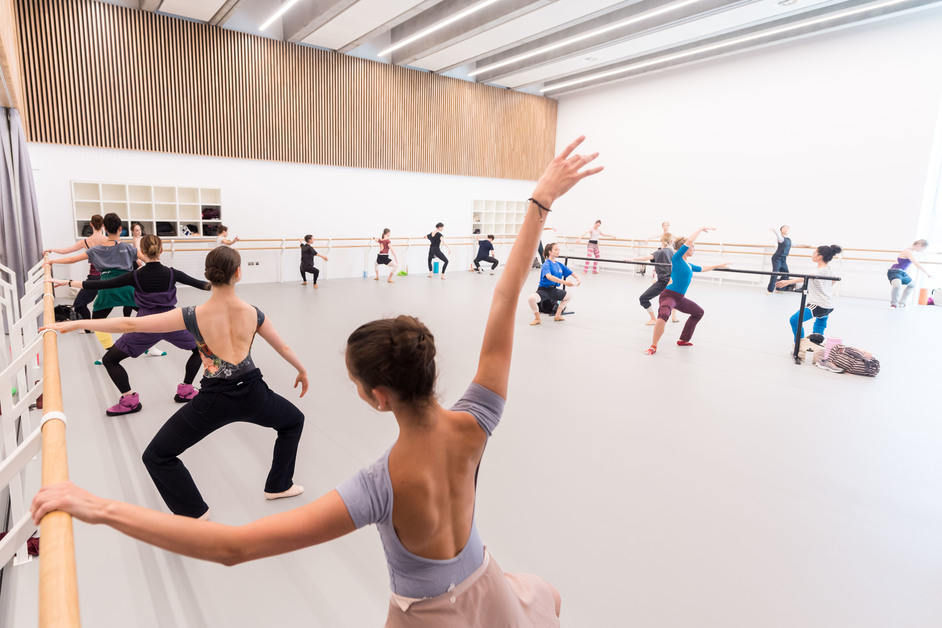 English National Ballet - photo: Ian Gavan