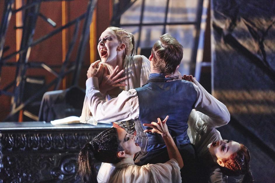 Northern Ballet: Dracula - Jessica Morgan, Hannah Bateman and Antoinette Brooks-Daw as the Brides of Dracula and Ashley Dixon as Harker in Northern Ballet's Dracula. Photo: Justin Slee