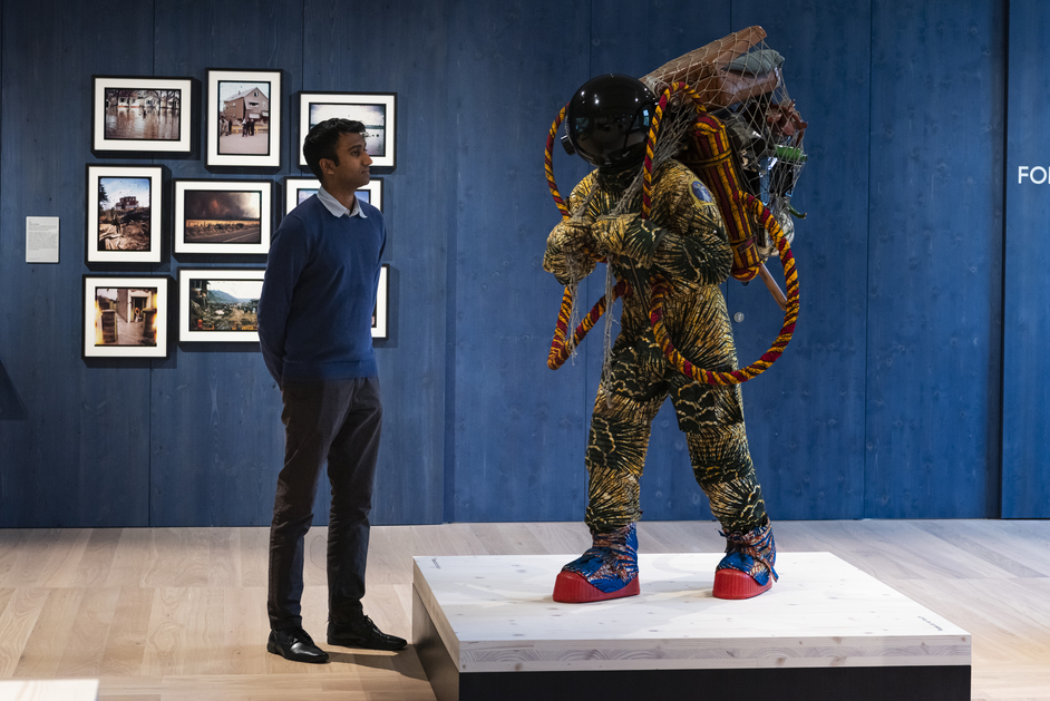 Wellcome Collection: Being Human - Refugee Astronaut III, Yinka Shonibare CBE © Yinka Shonibare CBE Image Courtesy Wellcome Collection