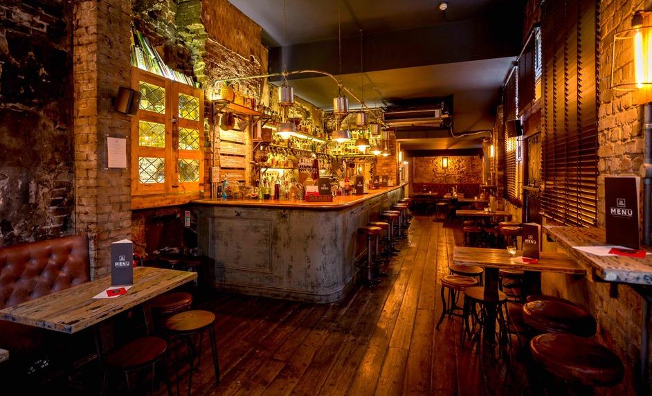 The Sun Tavern - photo: Justin de Souza