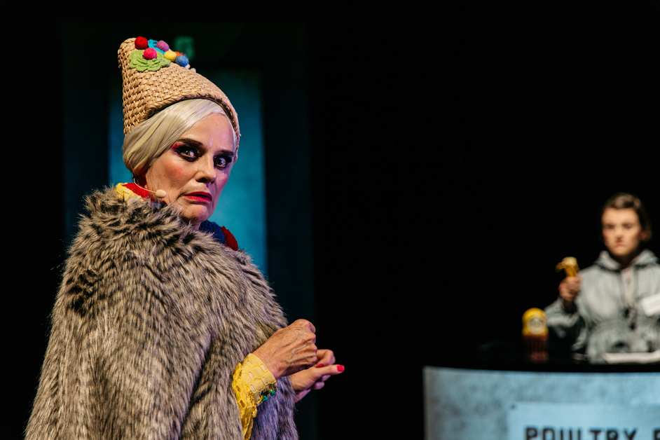 Baba Yaga: Windmill Theatre Company - photo: Sia Duff