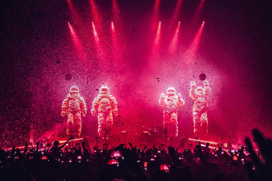 Electronic: From Kraftwerk to The Chemical Brothers - Chemical Brothers - The O2 - 30th November 2019, photo by Luke Dyson