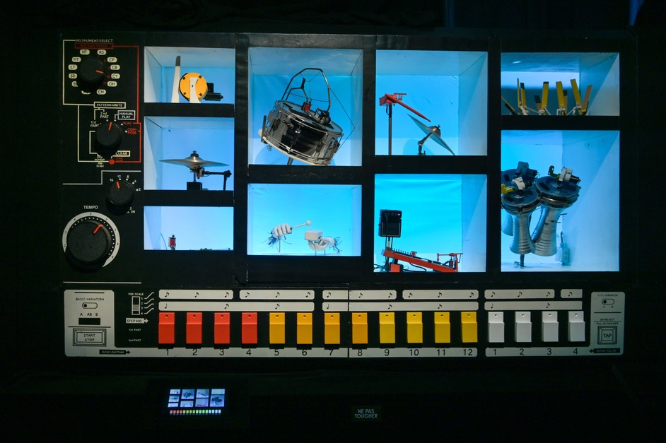 Electronic: From Kraftwerk to The Chemical Brothers - MR 808 interactive by ROBOTS SONIC. Photo: Gil Lefauconnier
